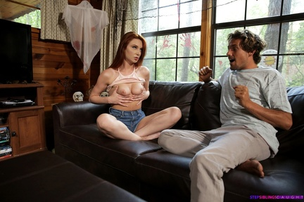 Lacy Lennon - Plays with her Tits