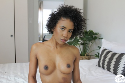 Demi Sutra - Topless